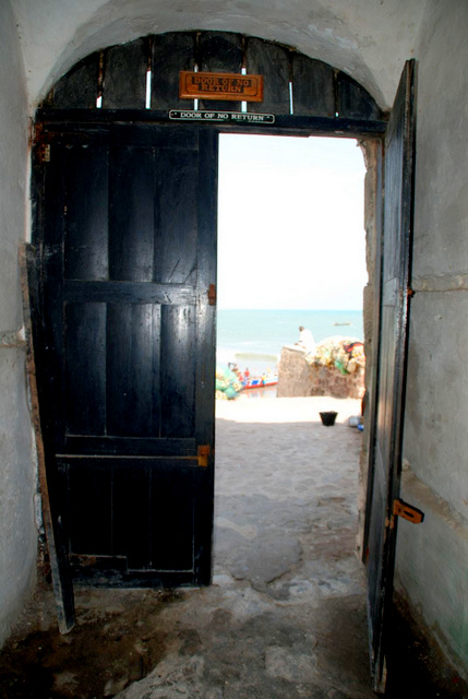 Cape coast castle ghana day 190 roderick phillips for Door of no return