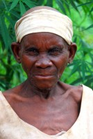 Batwa (Pygmy) chief's mother, Eastern Ituri rainforest, Uganda, Africa